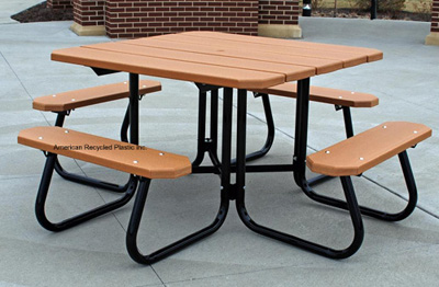 Greene Recycled Plastic Picnic Table Cedar
